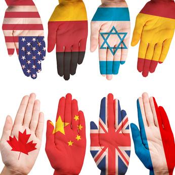 異なる国の旗