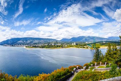海と山に守られたWest Vancouver