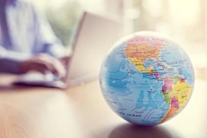 世界的な企業と通信