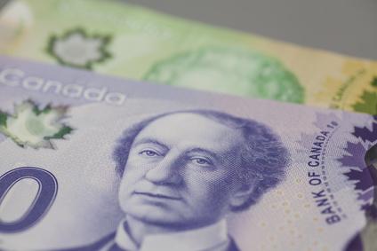 カナダの10と20ドルの紙幣